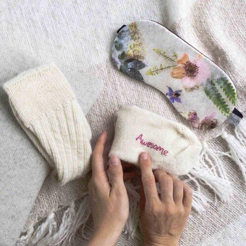 Silk eye mask with cashmere socks gift set